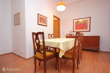 Dining room    - A-8582-a