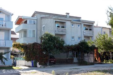 Biograd na Moru, Biograd, Property 859 - Apartments with pebble beach.