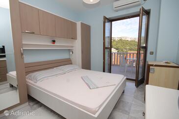 Zaton Veliki, Bedroom in the room, dostupna klima i WIFI.