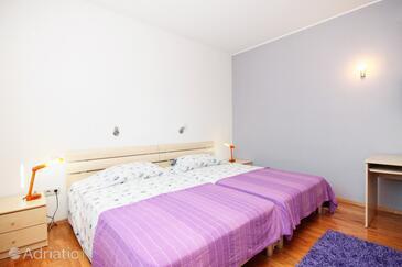Mlini, Bedroom in the room, dostupna klima i WIFI.