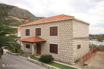 Plat, Dubrovnik, Property 8612 - Apartments with pebble beach.