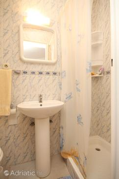 Bathroom 2   - A-8615-c