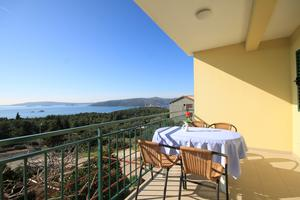 Apartments with a parking space Seget Vranjica, Trogir - 8618