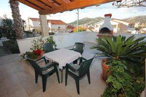 Apartments with a parking space Seget Vranjica (Trogir) - 8623