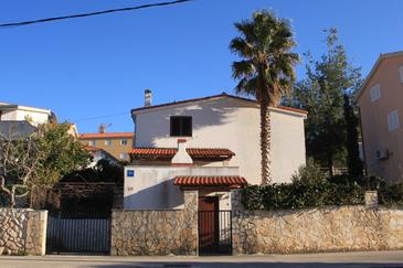 Seget Vranjica, Trogir, Alloggio 8623 - Appartamenti affitto con la spiaggia ghiaiosa.