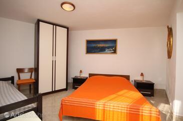 Bedroom    - A-8632-a