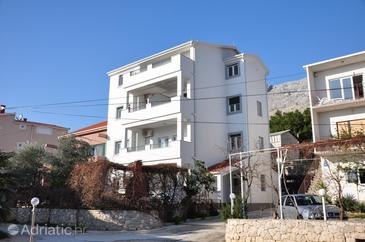 Duće, Omiš, Property 8633 - Apartments near sea with sandy beach.