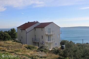 Zavala, Hvar, Property 8637 - Apartments near sea with pebble beach.