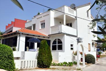 Podstrana, Split, Property 8639 - Apartments and Rooms near sea with pebble beach.