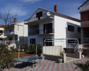 Biograd na Moru, Biograd, Property 865 - Apartments near sea with pebble beach.