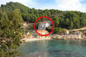Torac, Hvar, Hébergement 8653 - Appartement à proximité de la mer avec une plage de galets.
