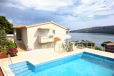Poljica, Trogir, Property 8661 - Vacation Rentals by the sea.