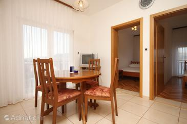 Okrug Donji, Столовая в размещении типа apartment, доступный кондиционер и WiFi.