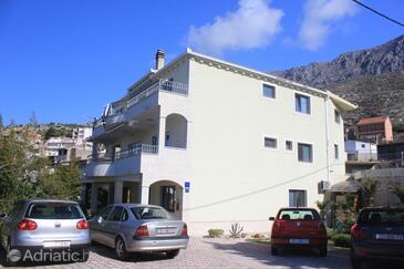Dugi Rat, Omiš, Property 8667 - Apartments with pebble beach.