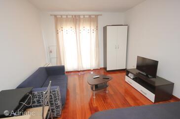 Split, Living room in the studio-apartment.