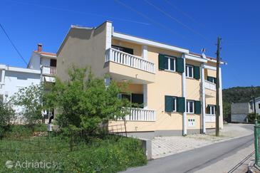 Poljica, Trogir, Property 8682 - Apartments near sea with pebble beach.