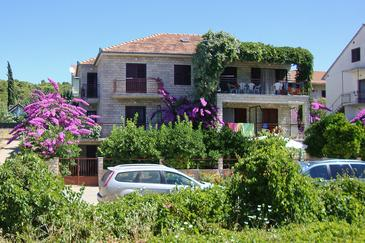 Stari Grad, Hvar, Property 8686 - Apartments with pebble beach.