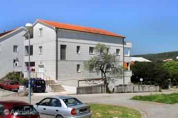 Stari Grad, Hvar, Property 8687 - Apartments near sea with pebble beach.