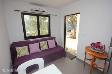 Rogač, Гостиная в размещении типа apartment, доступный кондиционер и Домашние животные допускаются.