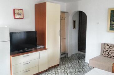 Nečujam, Obývací pokoj v ubytování typu apartment, s klimatizací a WiFi.