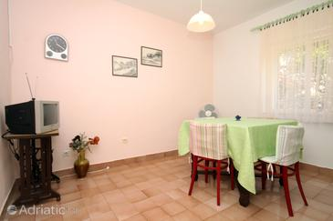 Jelsa, Dining room in the apartment, WIFI.