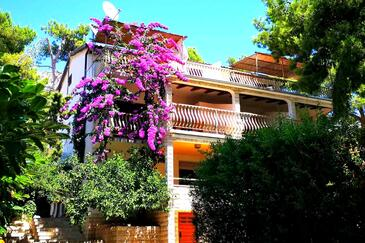 Ivan Dolac, Hvar, Property 8700 - Apartments near sea with pebble beach.