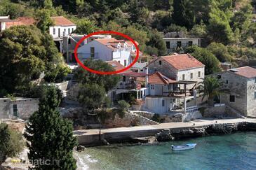 Tvrdni Dolac, Hvar, Objekt 8703 - Ubytování v blízkosti moře s oblázkovou pláží.