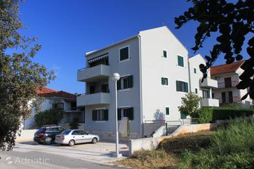Stari Grad, Hvar, Property 8704 - Apartments near sea with pebble beach.