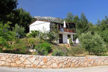 Zavala, Hvar, Propiedad 8706 - Apartamentos with pebble beach.