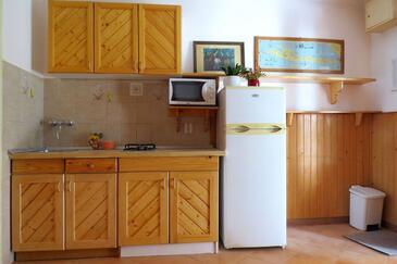 Ivan Dolac, Kuchyně v ubytování typu studio-apartment, domácí mazlíčci povoleni a WiFi.