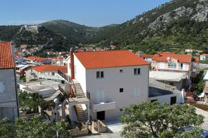 Apartments and rooms with parking space Hvar - 8717