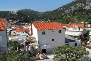 Hvar, Hvar, Hébergement 8717 - Appartements et chambres avec une plage de galets.