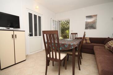 Zastupac, Jedilnica v nastanitvi vrste apartment, dostopna klima.