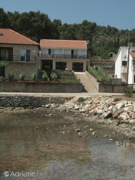Žman, Dugi otok, Objekt 873 - Ubytování v blízkosti moře.