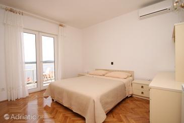Hvar, Bedroom in the room, dostupna klima i dopusteni kucni ljubimci.