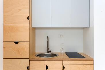 Slano, Kuchyně v ubytování typu room, WiFi.