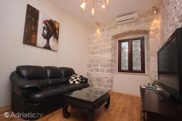 Dubrovnik, Living room in the apartment, dostupna klima, dopusteni kucni ljubimci i WIFI.