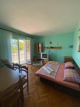 Jelsa, Гостиная в размещении типа apartment, Домашние животные допускаются и WiFi.
