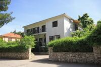 Apartmány s parkovištěm Jelsa (Hvar) - 8750
