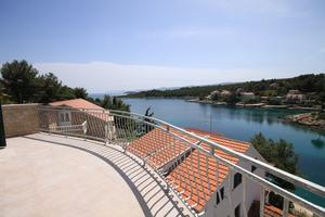 Apartments by the sea Basina (Hvar) - 8754