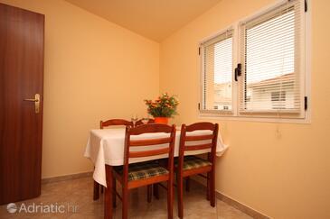 Stari Grad, Dining room in the apartment, dopusteni kucni ljubimci.