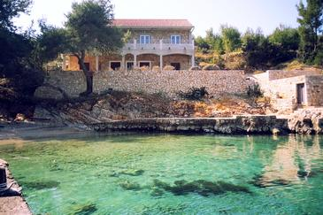 Uvala Zastupac, Hvar, Property 8761 - Apartments by the sea.