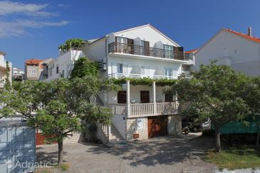 Hvar, Hvar, Property 8787 - Apartments and Rooms with pebble beach.