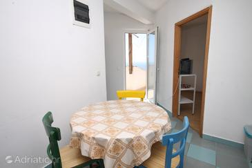 Sveta Nedilja, Dining room in the apartment, (pet friendly) and WiFi.