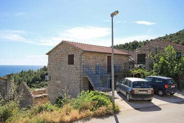 Ivan Dolac, Hvar, Hébergement 8797 - Appartement avec une plage de galets.