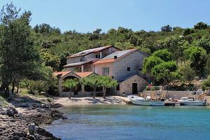 Seaside secluded apartments Bahía Karkavac - Scedro (Hvar) - 8801