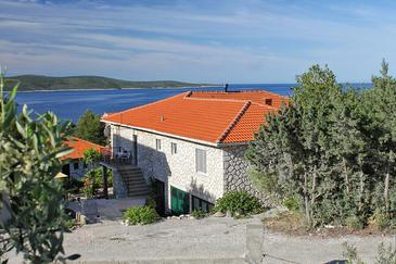 Zavala, Hvar, Property 8802 - Apartments with pebble beach.