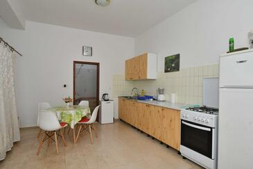 Duboka, Kitchen in the studio-apartment.