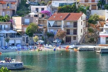 Duboka, Ušće Neretve, Property 8813 - Apartments near sea with pebble beach.