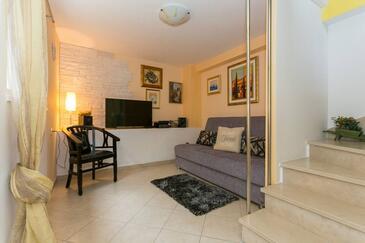 Hodilje, Living room in the house, WiFi.